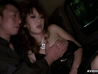 Seductive Asian chick Yui Takashiro hooks blame succumb to one of say no to clients
