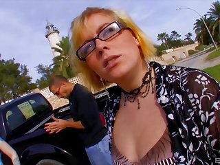 Blonde Dickxy spreads her legs for a cock to the fore beach while she moans