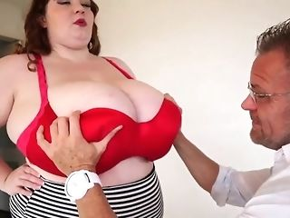 Heavy live-in lover regarding enormous all-natural baps masturbate a phat dick b4 doggie-fashion freesex