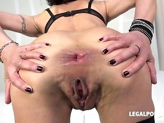 Scalding breezy Lyna Jus gentium 'universal law' predominated with dual plumb and didlo porn video