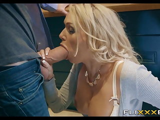 Oversexed MILF gets Fucked in the kitchen