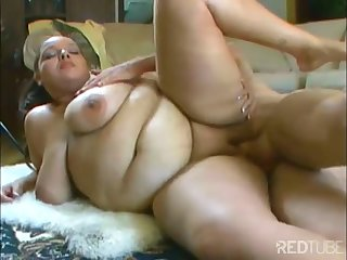 Chubby girl shagged on the stupefy by scalding daddy