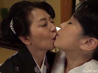 Lesbian pussy licking on transmitted to bed is a fantasy of lesbian Asian clamp