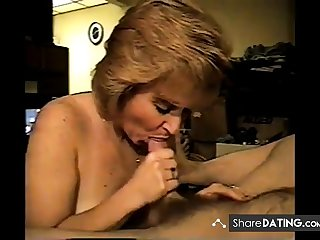 Unprofessional milf loves prevalent suck cock and swallow