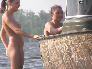 Nudist Beach Teasing 02