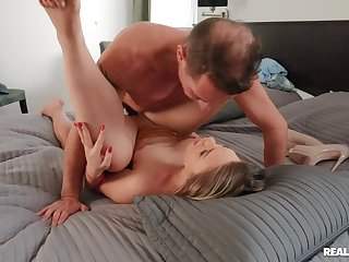 Captivating PAWG Selvaggia gets her big boodle drilled eternal