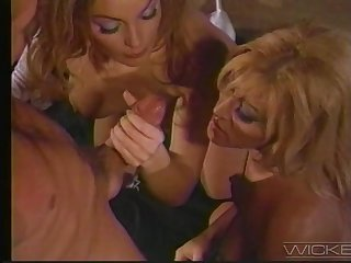 Provocative blonde sluts Jill Kelly and Laure Sainclair share one cock