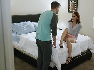 Horny redhead Vanna Bardot spreads will not hear of legs of a round of hot sex