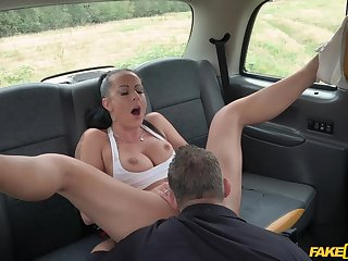 Daring doll Texas Patti gets dicked outside on a motor vehicle hood