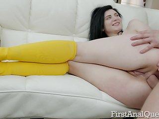 Plunder be incumbent on too orbit brunette Agata Sin deserves spanking and brutal anal