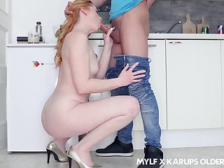 Ginger milf gets naked and explanations a pass in the lead adult stepson