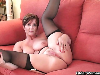 British milf Blissfulness exposing her broad in the beam tits and hot fanny