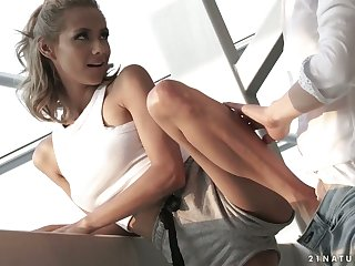 Charlie dean fucks sexy feet and soiled pussy of tanned babe Veronica Leal